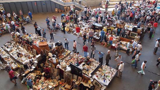 Vista de la cubierta picture of mercat dels encants - Encantes barcelona ...