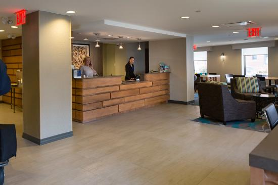 BEST WESTERN Gregory Hotel : Front Desk