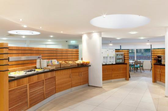 Minster, UK: Breakfast Bar
