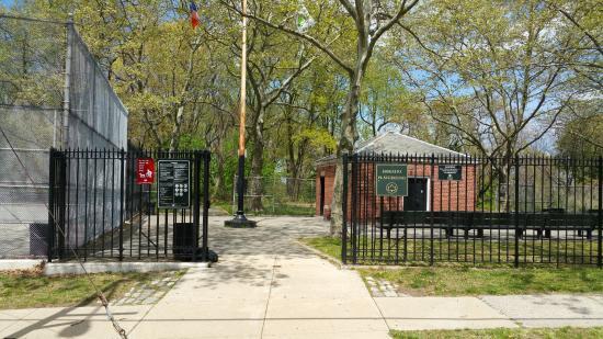 Bayside, Νέα Υόρκη: Horatio Playground entrance