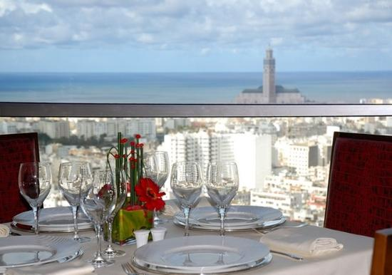 """Kenzi Tower Hotel: The gastronomic """"Sens"""" up from the 27th floor"""