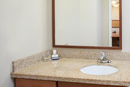 Merrillville, IN: Standard Guest Bathroom vanity