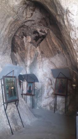 Kefalari, اليونان: Cave Church of Kefalari