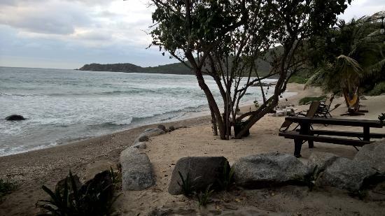 Nail Bay, Virgin Gorda: View of semi private beach