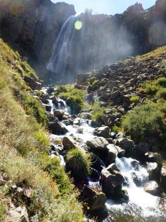 Manzano Amargo, Argentinien: El ruido que hace recuerdo al sonido de una fragua, de allí su nombre