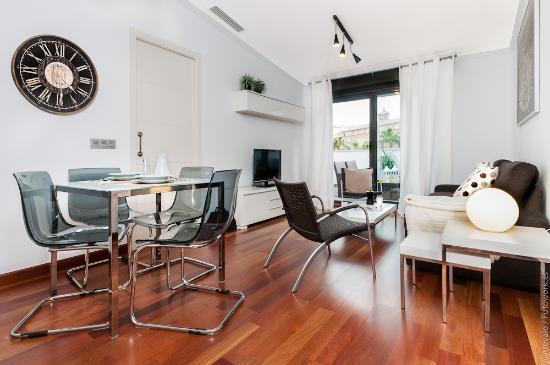 Photo of Apartamentos Torre de la Plata Seville