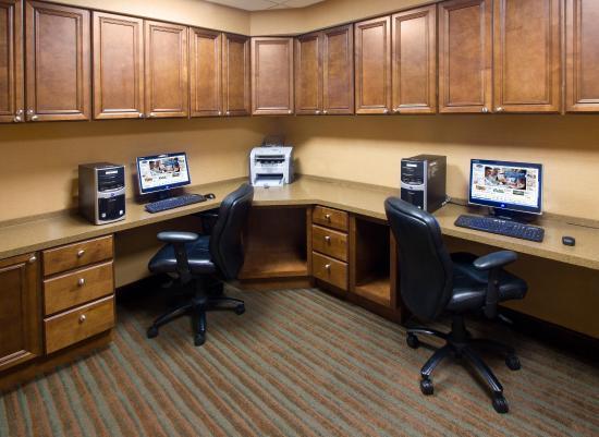 Leesburg, FL: Business Center