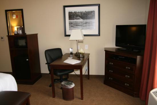 Lanett, AL: King Bed Standard