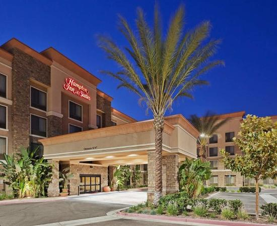 Welcome to Hampton Inn & Suites Moreno Valley