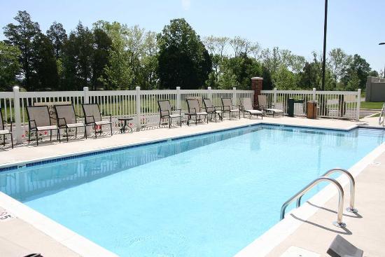 Photo of Hampton Inn & Suites Huntsville Hampton Cove