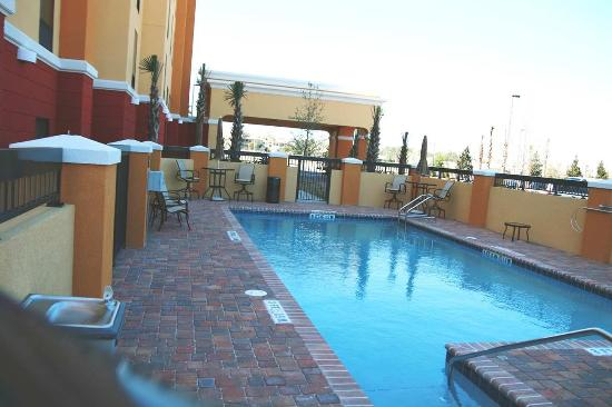 Hampton Inn & Suites Jacksonville - Bartram Park: Outdoor Pool