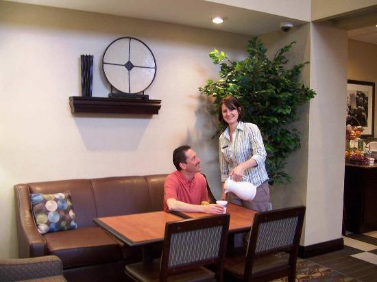 Hampton Inn Suites Flowery Branch