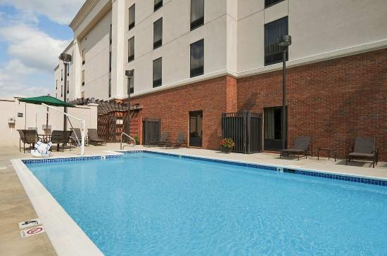 Jacksonville, AL: Outdoor Pool