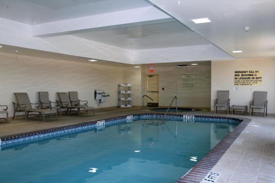 Hampton Inn & Suites El Paso West : Pool and Whirlpool®