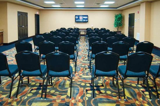Hampton Inn and Suites Pine Bluff: Meeting Room