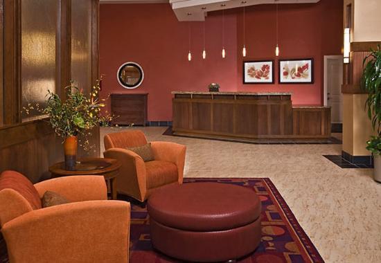 Residence Inn Arlington Courthouse: Lobby