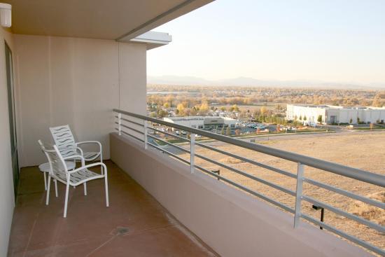 Hampton Inn & Suites Denver Highlands Ranch: Balcony Suite