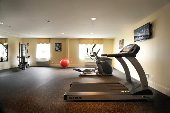 University Inn Hotel: Exercise