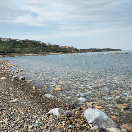 Finale, Italia: Spiaggia Costa turchina