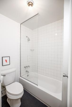 Our bathrooms feature top-quality fixtures. - Picture of Trumbull ...