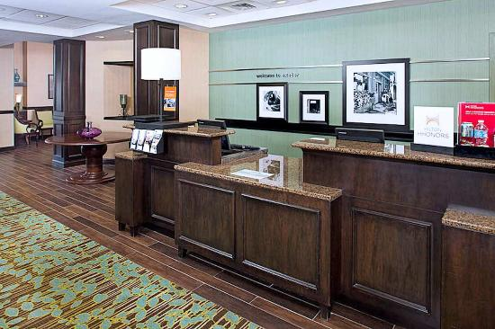 Exeter, Nueva Hampshire: Front Desk