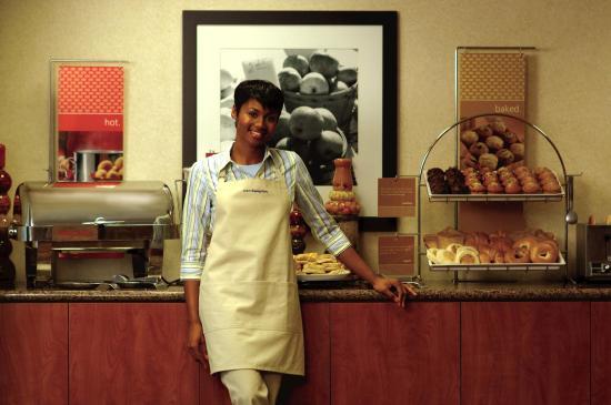 Yazoo City, MS: Free Buffet Breakfast