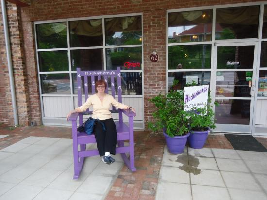 Huckleberryu0027s   Tryon: Love This OVERSIZED Rocking Chair Outside