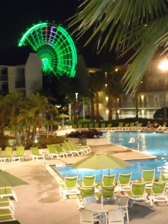 Avanti International Resort: Tremenda vista de nuestra habitacion en el 2do piso