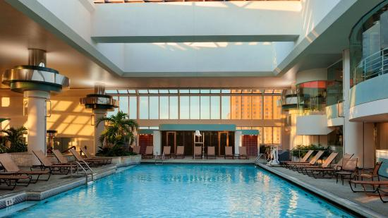 Bally 39 s atlantic city nj hotel reviews photos price for Pool and spa show atlantic city nj