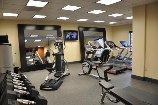 Hampton Inn Winfield: Fitness Facility