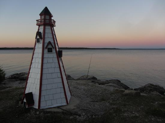 Manitowaning, Canadá: The lighthouse at sunset