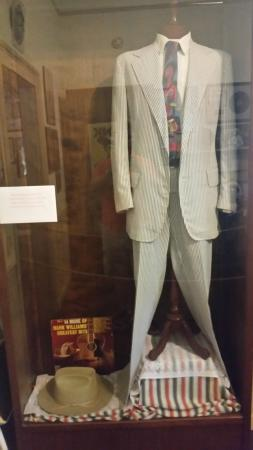 Georgiana, AL: One of Hank's suits on display