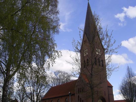 Ev.-luth. Liudgerikirche in Hesel - Ostfriesland.
