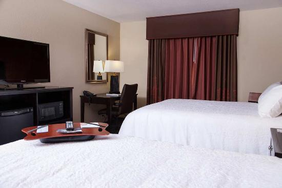 Dickinson, Dakota Północna: Double Queen Bedroom