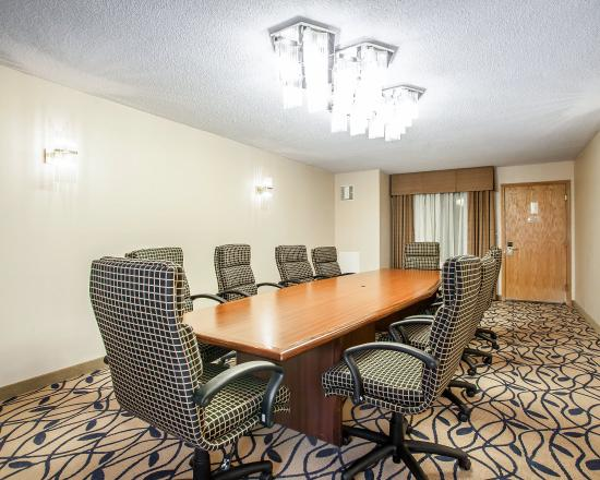 Bourbonnais, IL: Meeting room