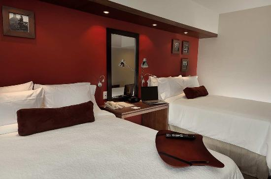 Hampton Inn by Hilton Guadalajara/Expo: Two Queen Beds