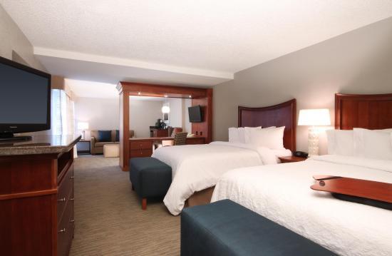 Jacksonville Beach, FL: Queen Suite