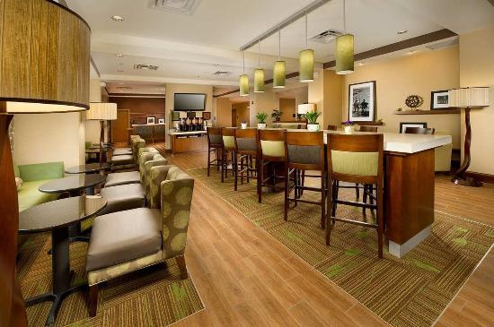 Hampton Inn Cleveland : Lobby