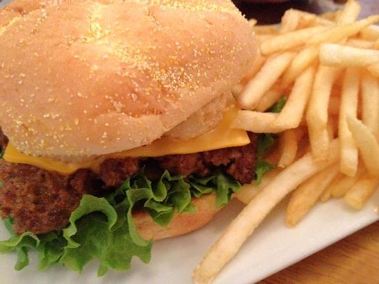 Waynesville, MO: The delicious Build-your- Burger