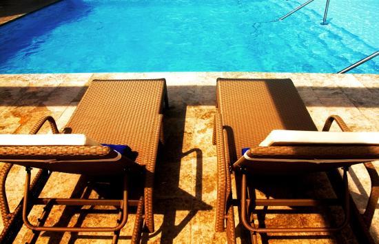 Hampton by Hilton Cartagena: Outdoor Pool