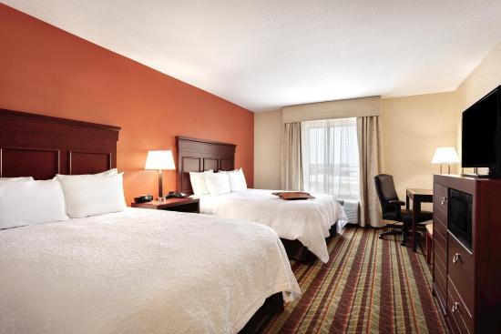 Southgate, MI: 2 Queen Guest Room
