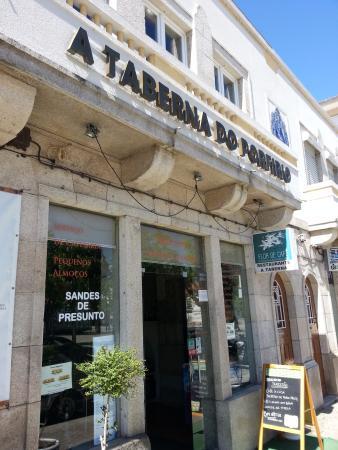 Frente Do Restaurante Foto De Taberna Do Porfirio