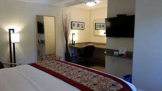 Marin Lodge : Work Space