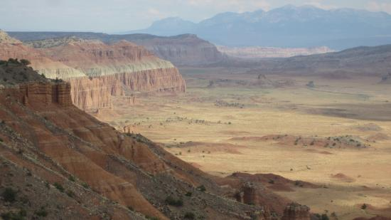 hotel review reviews cathedral valley campground capitol reef national park utah