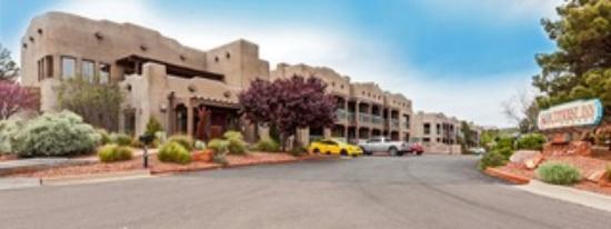 Southwest Inn at Sedona: Hotel Exterior