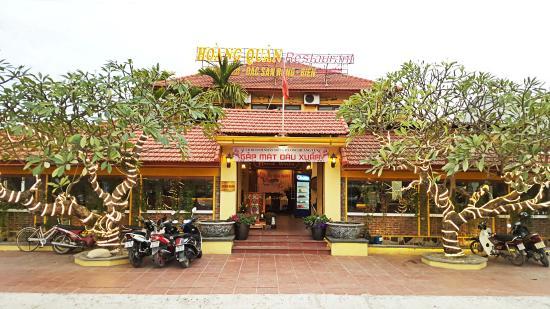 Nhà hàng Hoàng Quân - Hạ Long