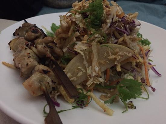 Sky Waikiki: Chinese Chicken Salad