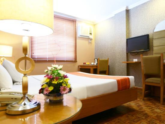 โรงแรม ลา โคโรนา เดอ ลิปา