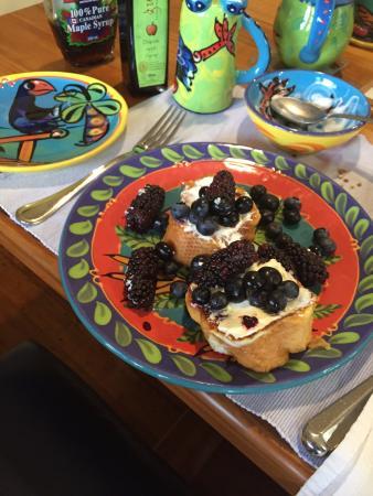 Abseil Breakfast Inn: breakfast