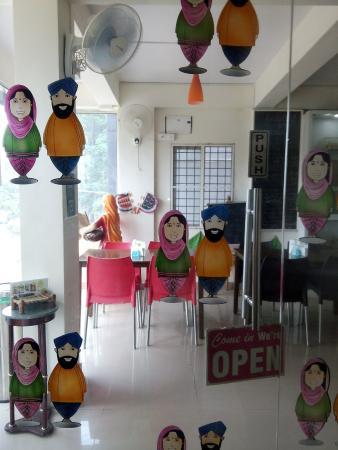 PEM's Punjabi Cafe